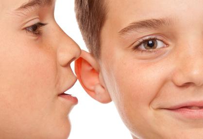 Das echoische Gedächtnis speichert auditive Reize über einen kurzen Zeitraum